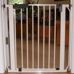 Auto Lock Pressure Pet Gate - White