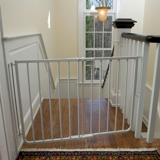 Superbe Stairway Special Outdoor Pet Gate