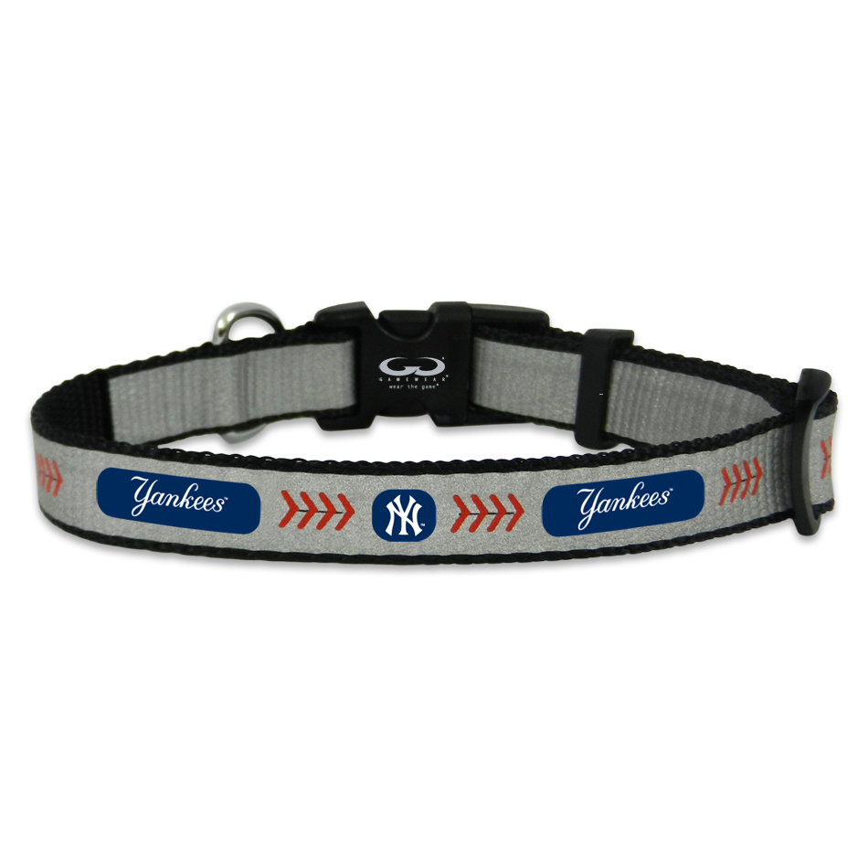 new york yankees reflective nylon dog collar houndabout. Black Bedroom Furniture Sets. Home Design Ideas